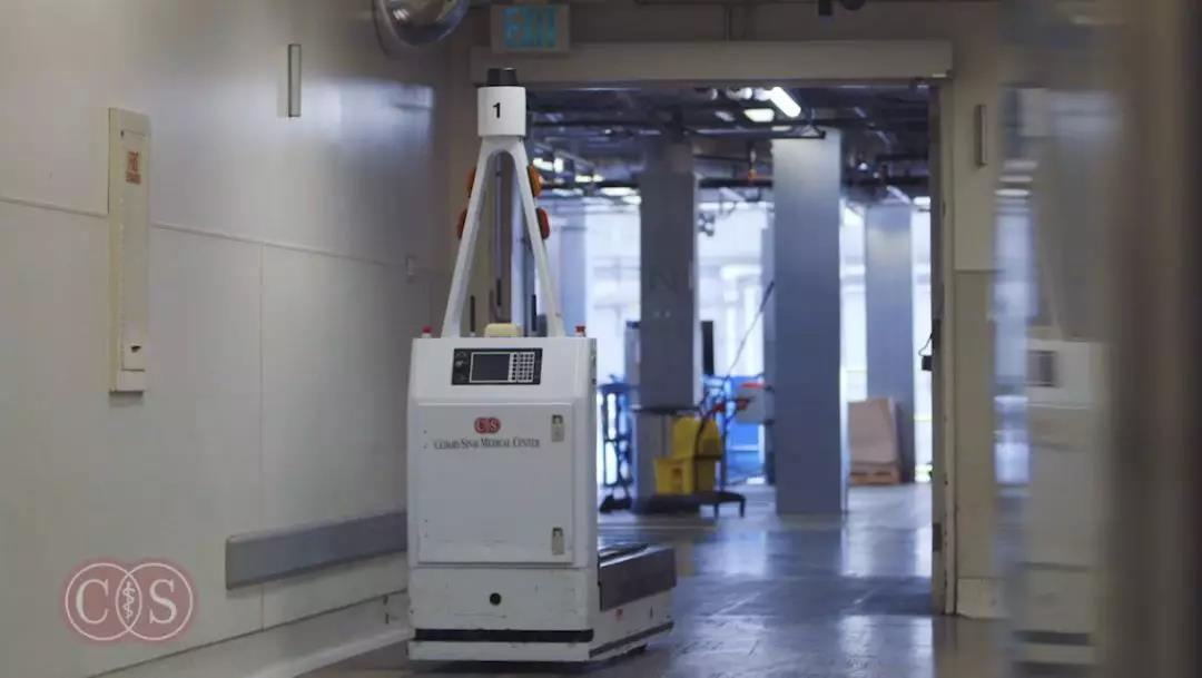 智能后勤机器人