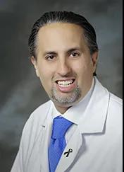 西达赛奈黑色素瘤专科主任 免疫肿瘤学临床研究主任 Omid Hamid医生